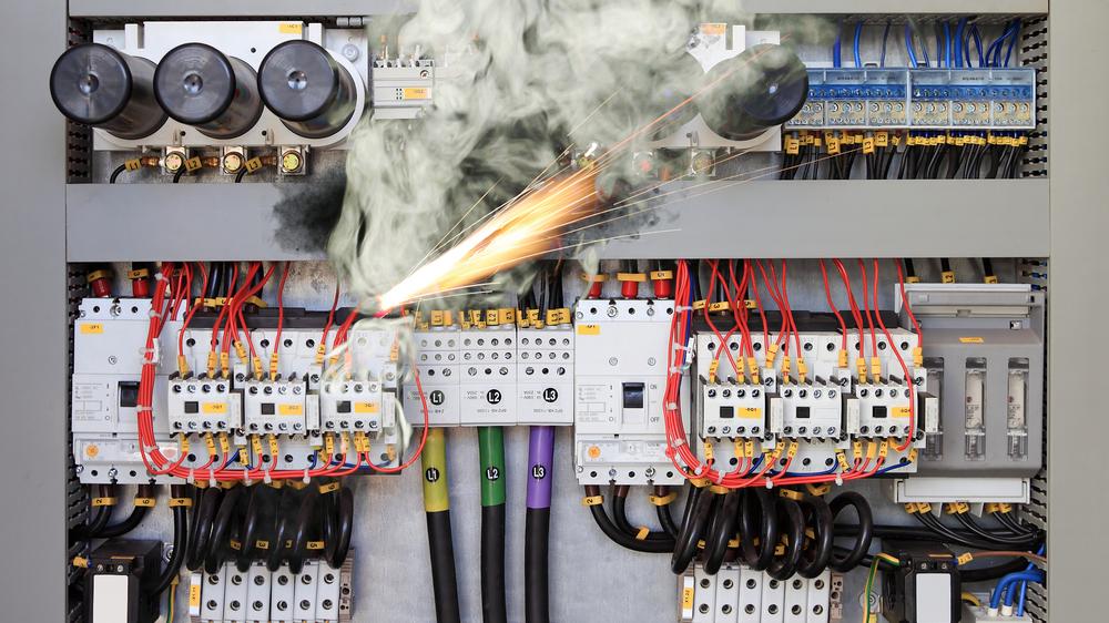 Har du brannsikret sårbart utstyr på arbeidsplassen?